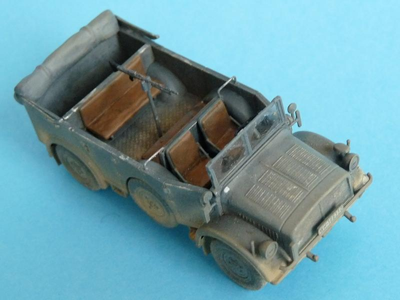 Dragon 7422 Horch 108 Typ 1a w/ pintle-mounted MG-34
