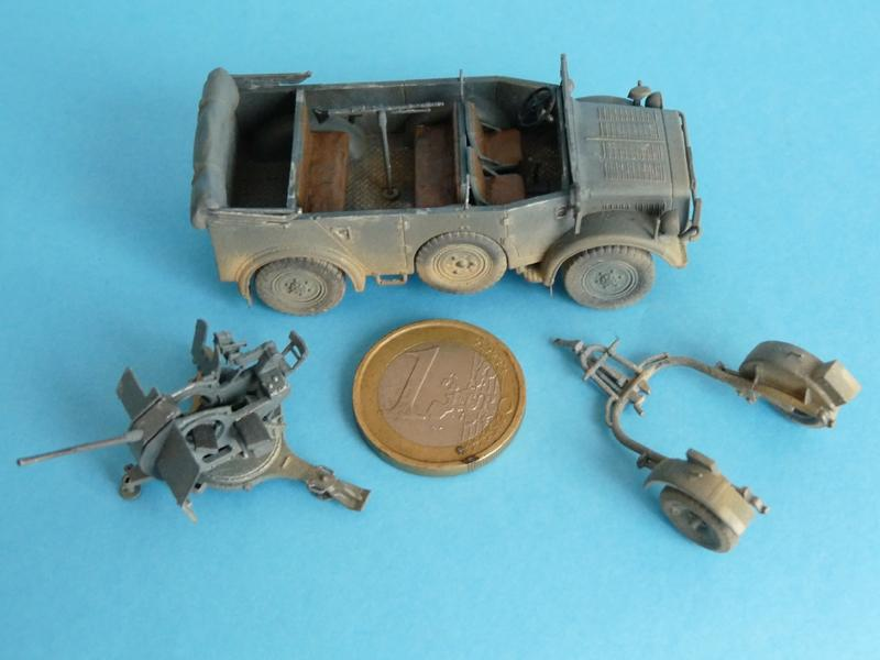 Dragon 7422 Horch 108 typ 1a, 2cm FLAK 38 and transport trailer