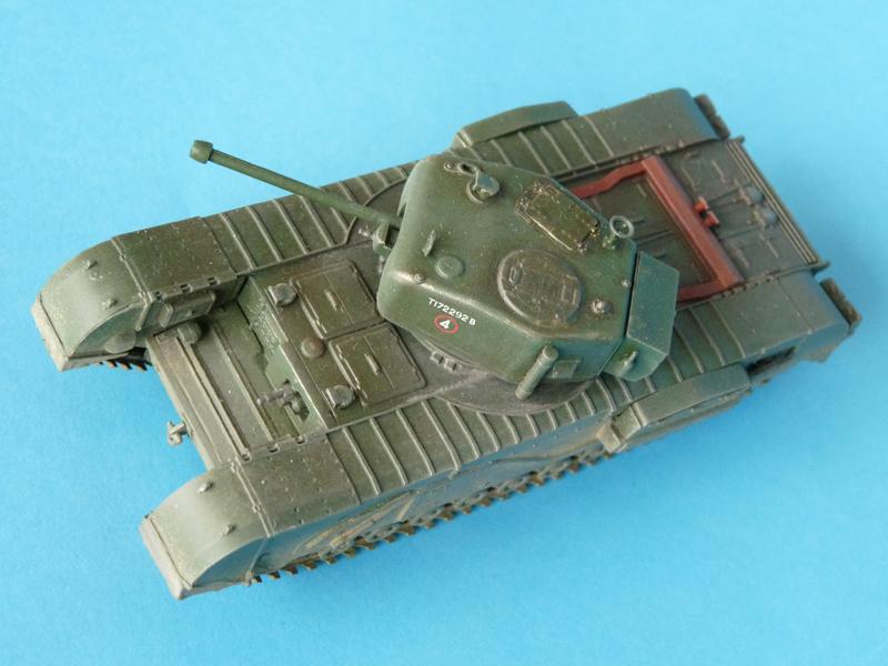 Dragon's 1/72 Churchill Mk. IV