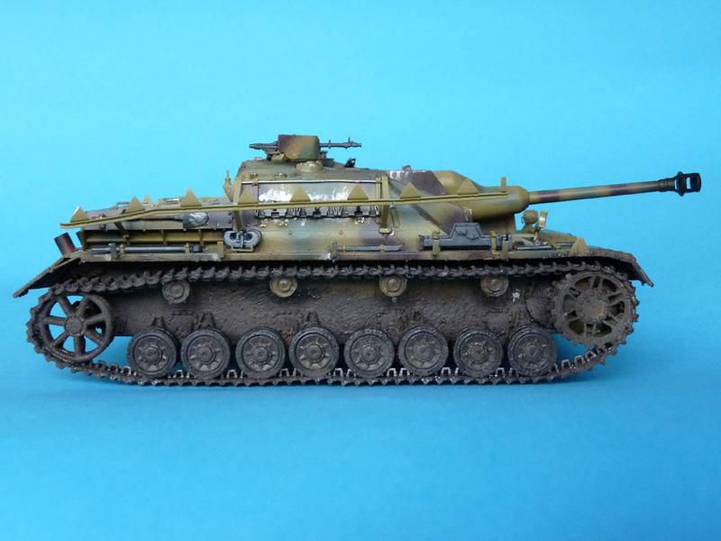 Dragon's 1/35 StuG IV Late Production, kit 6211