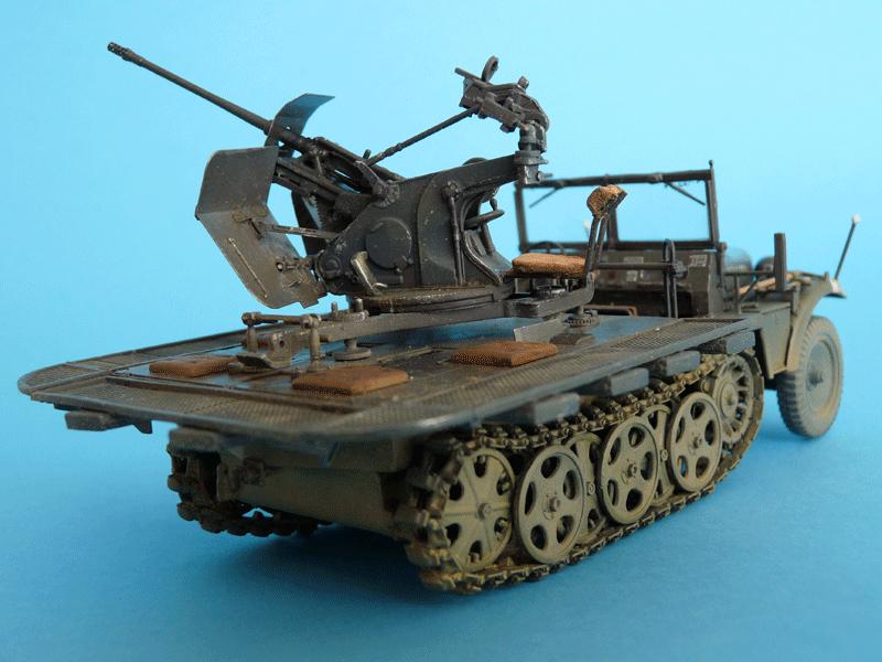 Dragon 6739 1/35 SdKfz 10/4 fur 2cm FLAK 30