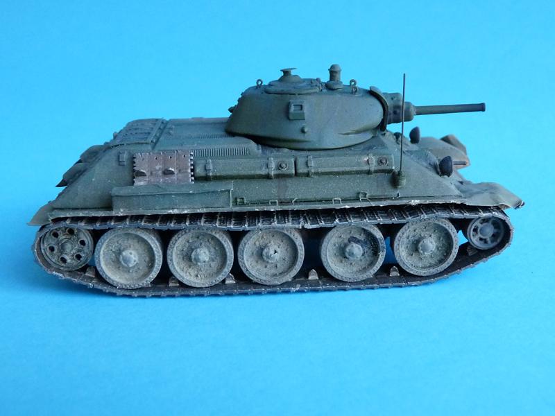 UM T-34 L-11 with OKB Grigorov tracks and wheels