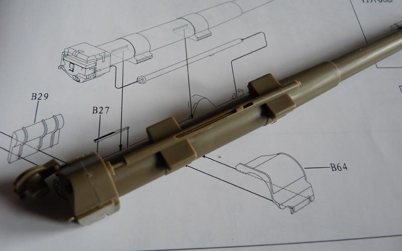 Bronco 1/35 SU-152 Early, kit CB35113 ML-20 Minimum recoil
