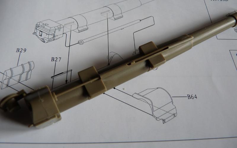 Bronco 1/35 SU-152 Early, kit CB35113 ML-20 Max recoil