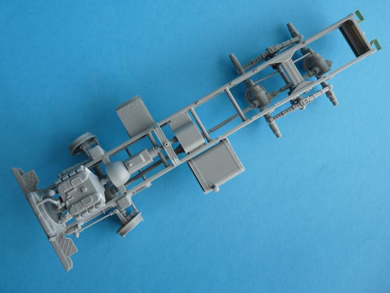 Trumpeter 1/35 BM-21